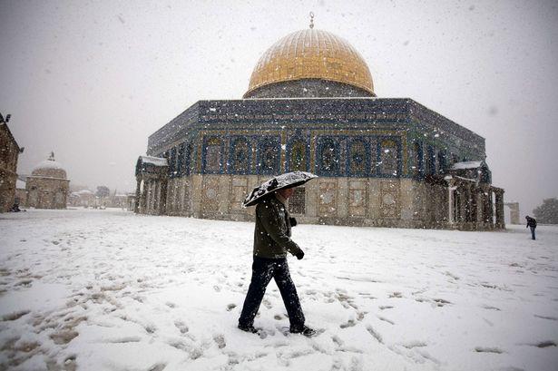 Snow in Jerusalem-1527720